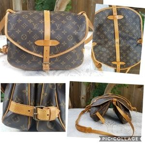 Auth LOUIS VUITTON messenger crossbody bag